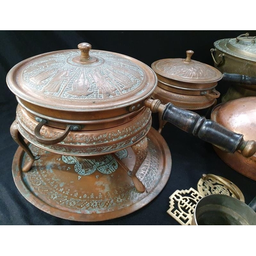 1015 - A collection of assorted brass and copper....