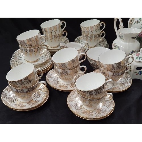 1024 - Two china tea set residues from Royal Vale and Imperial together with a collection of modern Aynsley...