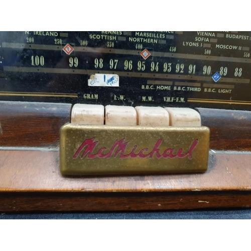 1110 - A vintage wooden valve radio....