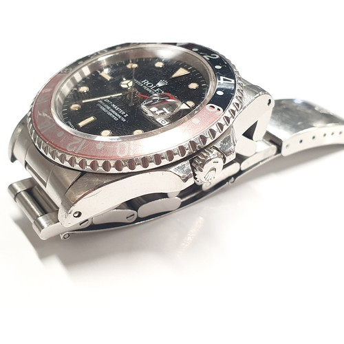 319 - Rolex GMT Master II wristwatch. Model 16710, Year 1989. All working, nice patina. No box or papers....