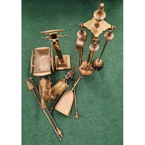 363 - A collection of assorted brassware.