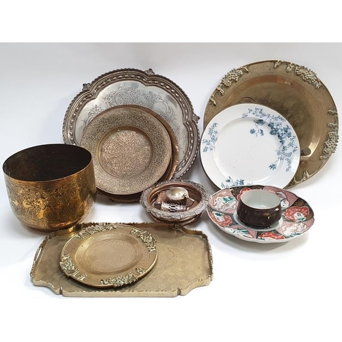 82 - A mixed collection of assorted brass and copper together with an assortment of oriental china pieces...