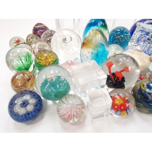 88 - Quantity of paperweights to include Caithness, Madina and Arcadia (43)....