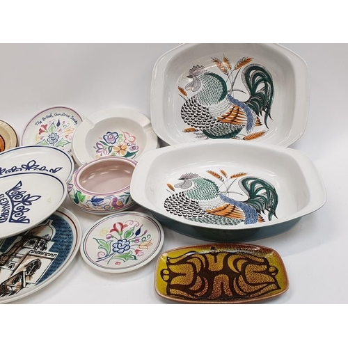 147 - Collection of modern and traditional Poole Pottery (15)....