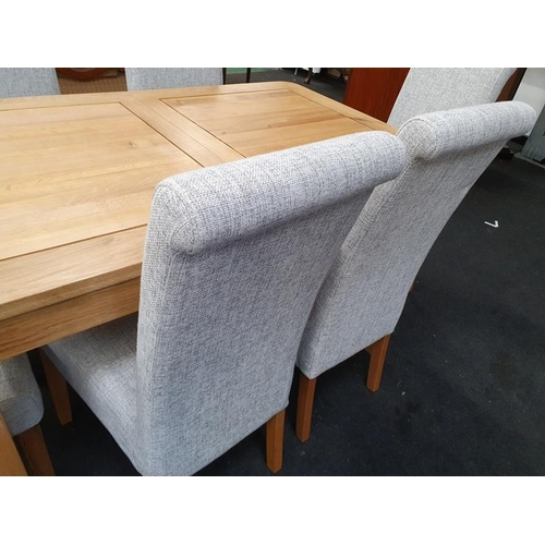 1412 - Oak dining table and 6 chairs....