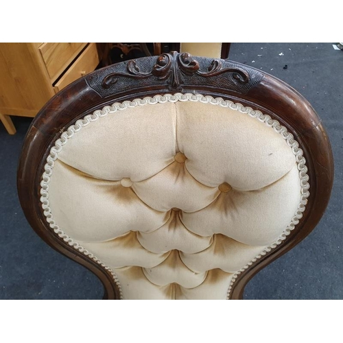 1423 - Victorian button back Show wood surround mahogany nursing chair....