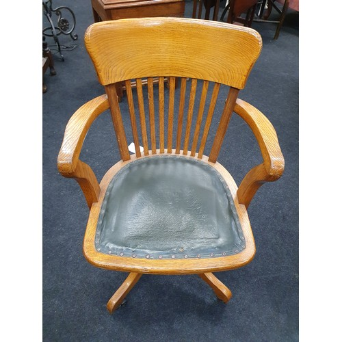 1511 - Edwardian oak captain's swivel desk chair on castors....