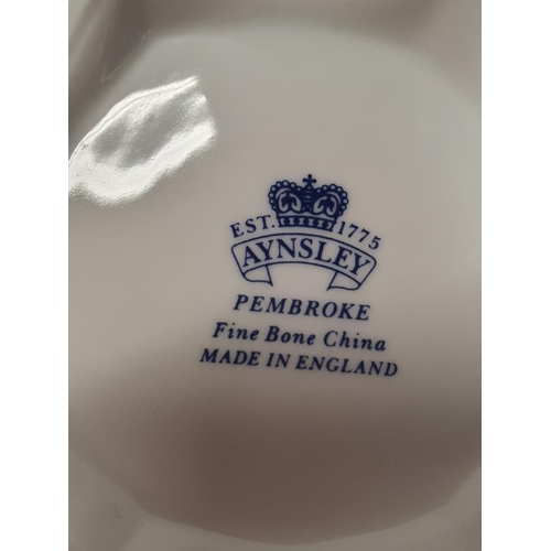 484 - A collection of Aynsley chinaware....