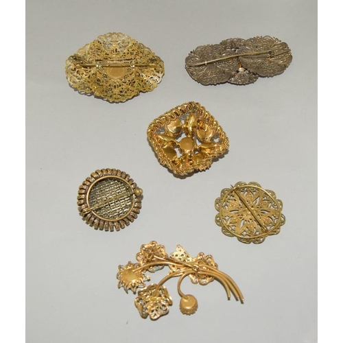 47 - 5 x Czech Crystal Filigree Brooches.