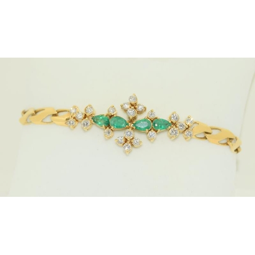 227 - 18ct Yellow Gold Emerald & Diamond Vintage Bracelet...