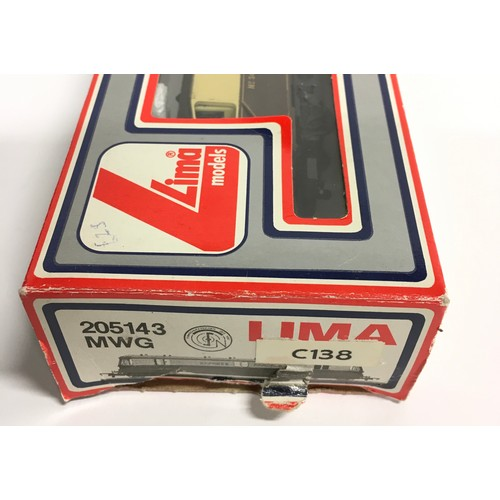 6 - Lima 205143MWG GWR Express Parcel railcar No.34. Appears Excellent in Good box.