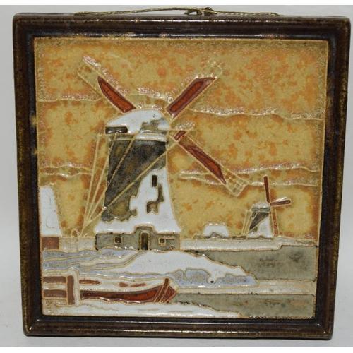 123 - Pair of Delft cloisonne small wall hanging plaques, De Porceleyne Fles, pre 1940's 4.6