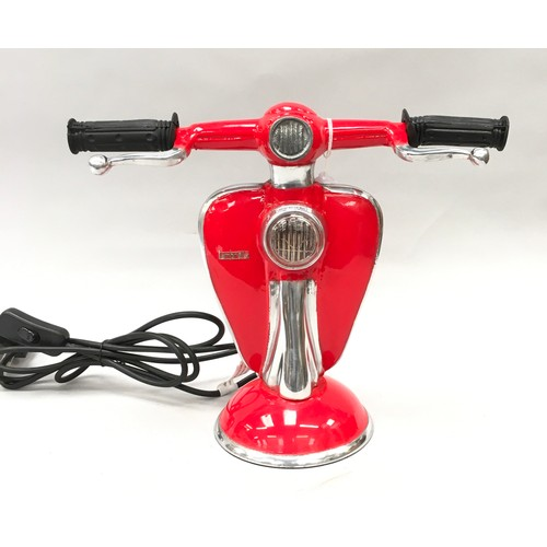 29 - A Scooter lamp-s. Ref 142)...