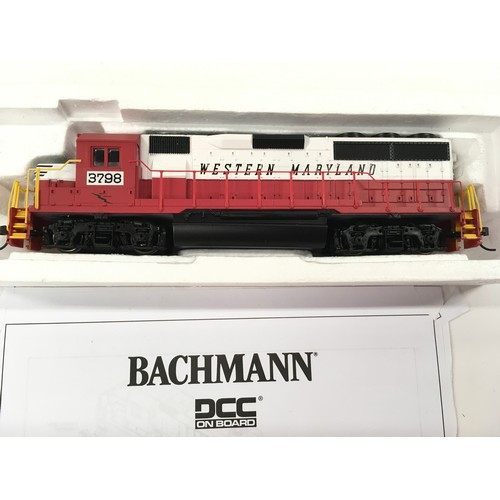 11 - 2 Bachmann HO American Diesel Locomotives: 60337 GP40 in Western Maryland livery DCC on board and 60...