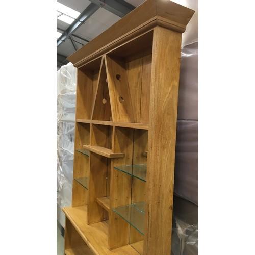 23 - Modern light oak dresser with mirror back 204x106x23cm.
