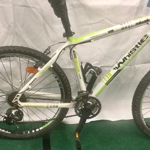 43 - Whistle Miwok 1485V Hydroformed light tubing 21 speed green and white mountain bike. 18'' frame, 26'...