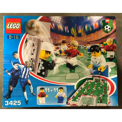 18 - Lego Grand Championship Cup set 3425. New and sealed).