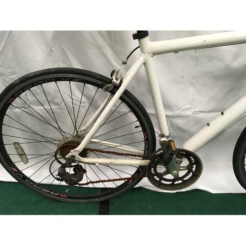 5 - Neco white road bike 20