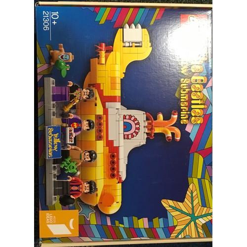 23 - LEGO Ideas The Beatles Yellow Submarine Set 21306 (retired) new and sealed.