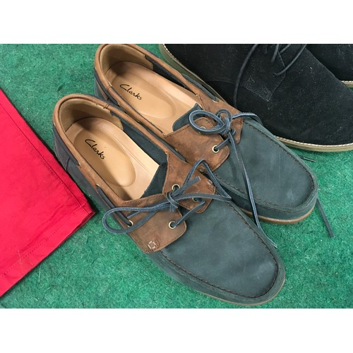 37 - A pair of men's Clarks Boat shoes size 9.5 together with a pair of Topman men's shoes size 10 and a ...