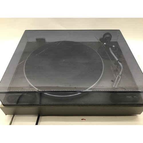 1208 - MICRO SEIKI MB-14 TURNTABLE. Great turntable with gold ring cartridge and plays 33/45rpm records. Sl...
