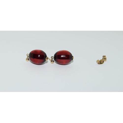 44 - 9ct Victorian amber earrings.