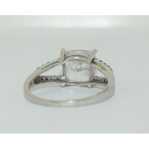 31 - 9ct white gold ladies square set  solitare ring size R
