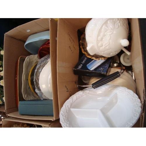 29 - 2 BOX POTTERY ETC...