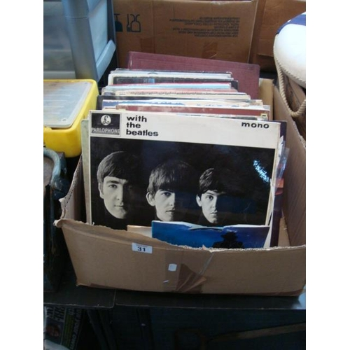 31 - BOX RECORDS...