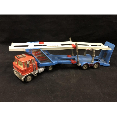 1001 - A VINTAGE 'CORGI' CARRIMORE MARK IV TRANSPORTER DIE CAST MODEL...