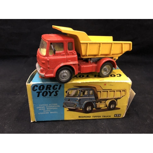 1006 - A VINTAGE 1960'S CORGI TOYS 494 BEDFORD TIPPER TRUC MODEL IN THE RED & YELLOW COLOURWAY (BOXED) (SEE...