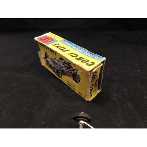 1008 - A VINTAGE 1960'S CORGI TOYS 156 COOPER MASERATI F/1 RACING CAR MODEL IN BLUE COLOURWAY (BOXED) (SEE ...