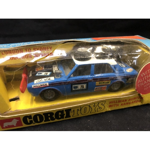 1009 - A VINTAGE CORGI TOYS 302 'HILMAN HUNTER WITH KANGAROO' VEHICLE (BOXED) (SEE CONDITION REPORT)...