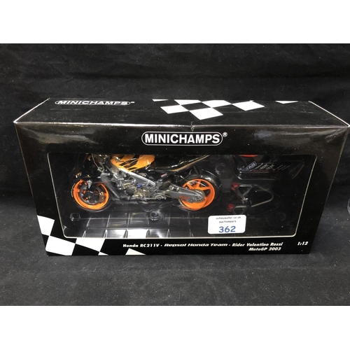 362 - A 'MINICHAMPS' 1:12 SCALE REPLICA MOTO GP RACING BIKE MODEL - HONDA RCV 211 V VALENTINO ROSSI, 2003,...