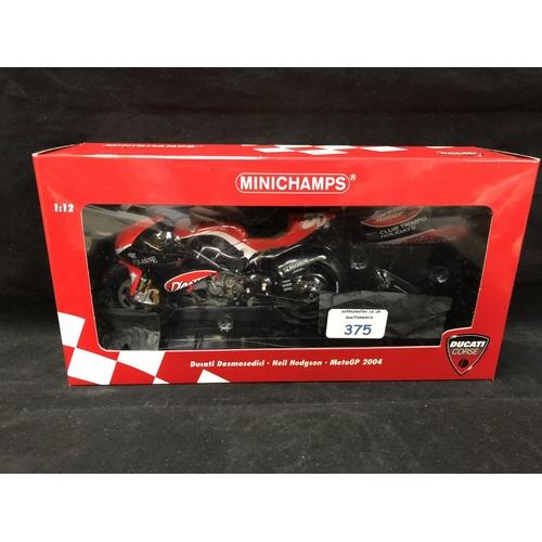375 - A 'MINICHAMPS' 1:12 SCALE REPLICA MOTO GP RACING BIKE MODEL - DUCATI DESMODECI NEIL HODGSON, 2004, M...