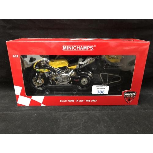 386 - A 'MINICHAMPS' 1:12 SCALE REPLICA WORLD SUPER BIKE RACING MODEL - DUCATI 998RS P CHILLI, 2003, MODEL...