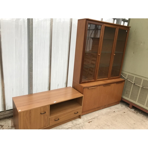 624 - A LOW TEAK EFFECT CABINET AND A