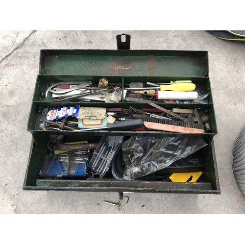 24 - A VINTAGE METAL TOOL CHEST CONTAINING A LARGE QUANTITY OF VARIOUS TOOLS, ALLEN KEYS, FURTHER TOOLS, ...
