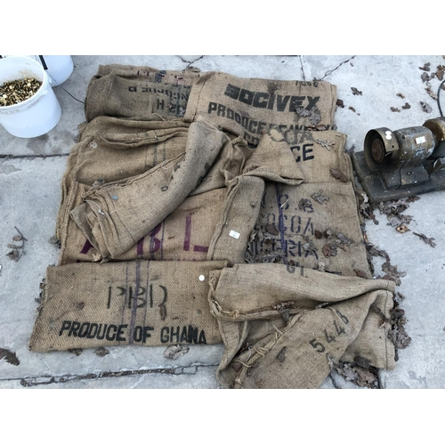 39 - VARIOUS VINTAGE HESSIAN SACKS TO INCLUDE 'COCO' ETC...