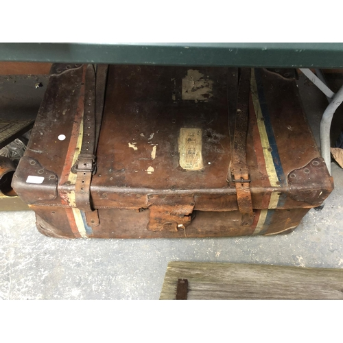 225 - A LEATHER CASED VINTAGE TRAVELLING TRUNK SUITCASE TOGETHER WITH A BRASS COAL BOX, FURTHER ITEMS, ETC...