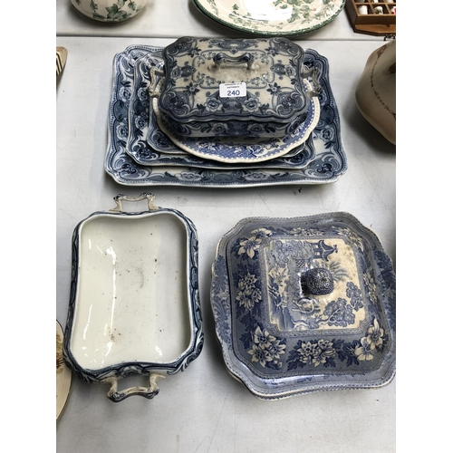 240 - A MIXED GROUP OF BLUE AND WHITE CERAMICS TO INCLUDE 'DEVON' TUREENS, FURTHER 'LOSOL WARE' MEAT PLATT...