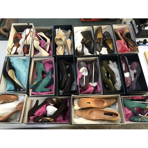 435 - A GROUP OF SIXEEN PAIRS OF LADIES BOXED DESIGNER SHOES / HEELS TO INCLUDE EXAMPLES BY 'PEDRO MIRALLE...