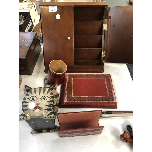 439 - A MIXED GROUP OF ITEMS TO INCLUDE A TWIN DOOR DESK CABINET, LEATHER DESK TIDIES ETC (QTY)...
