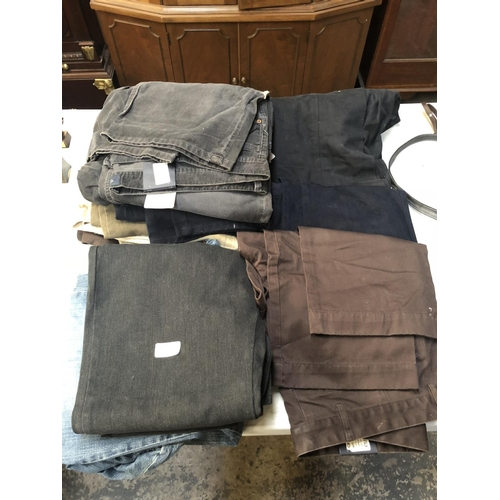 429 - A COLLECTION OF GENTS DESIGNER 'GANT' TROUSERS, (MOSTLY NEW WITH TAGS) SOME RETAILING OVER £50 EACH,...