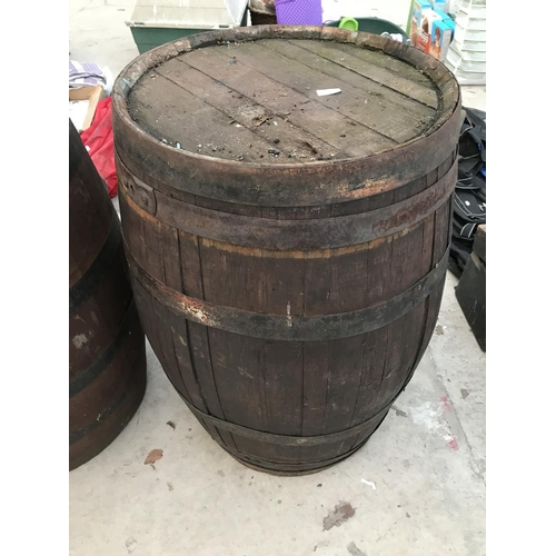 122 - A VINTAGE OAK BARREL...