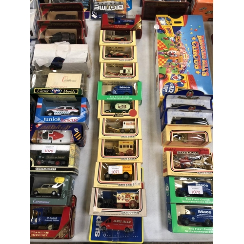 1071 - 11 VARIOUS BOXED VEHICLES TO INCLUDE 'LLEDO DAYS GONE BY' EXAMPLES, 'MATCHBOX' ETC (11)...