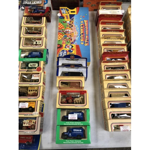 1072 - 7 VARIOUS BOXED VEHICLES TO INCLUDE 'OXFORD' DIE CAST VEHICLES TOGETHER WITH A BOXED 'BRONCHO BELLS'...