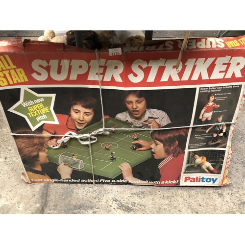 1136 - A BOXED 'PALITOY ALL STAR SUPER STRIKER SUBBUTEO FIVE-A-SIDE' GAME...