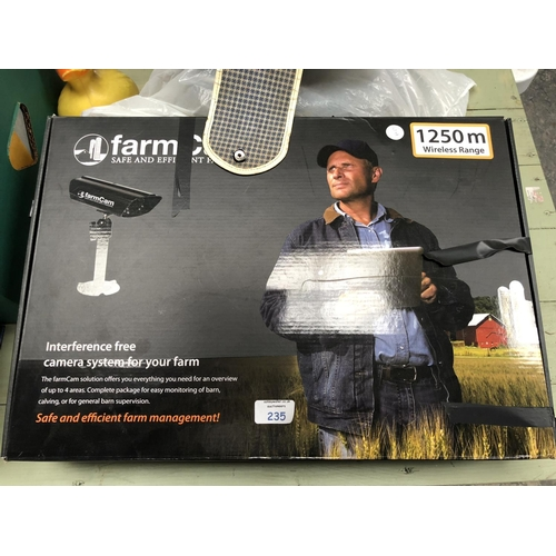 235 - A BOXED (AS NEW & WORKING) 'FARM CAM' FARM SECURITY SYSTEM WITH 1250M WIRELESS RANGE COMPLETE WITH A...