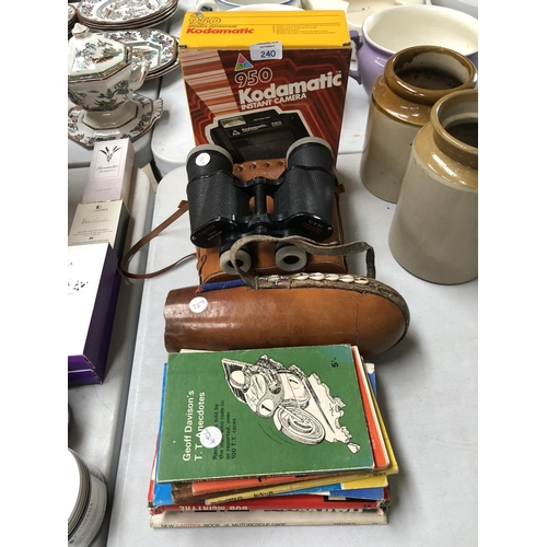 240 - A MIXED GROUP OF ITEMS TO INCLUDE VARIOUS VINTAGE MOTOR BIKE AND 'TT' RACING BOOKS, A PAIR OF 'TOHYO...